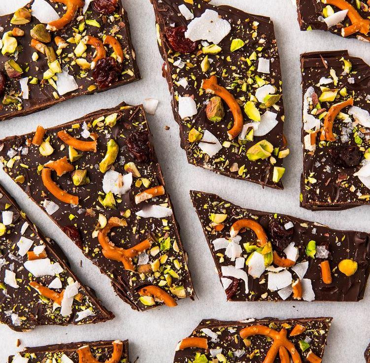 Sweet 'n' Salty Chocolate Bark